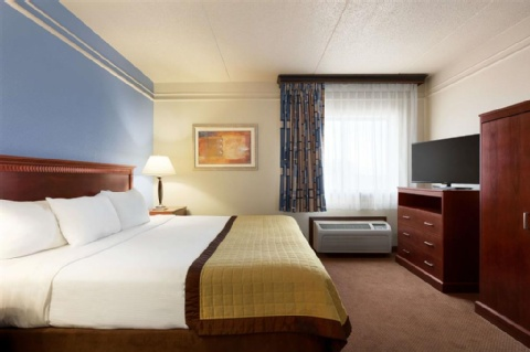 Ramada by Wyndham Fargo, ND 58103 near Hector International Airport View Point 3