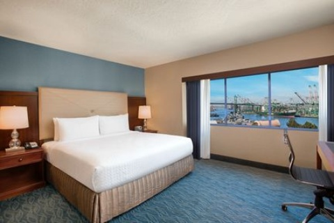 Crowne Plaza Los Angeles Harbor Hotel, CA 90731 near Long Beach Airport View Point 11