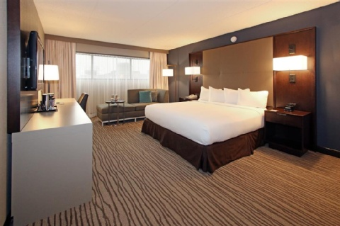 DoubleTree by Hilton Hotel Newark Airport, NJ 07114 near Newark Liberty International Airport View Point 2