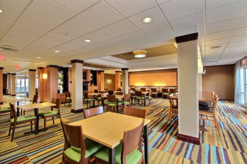 Fairfield Inn & Suites by Marriott Milwaukee Airport, WI 53154 near General Mitchell International Airport View Point 8