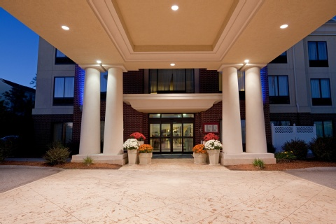 Holiday Inn Express & Suites Manchester-Airport, NH 03103 near Manchester-boston Regional Airport View Point 22