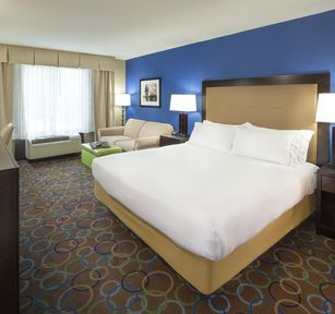 Holiday Inn Express & Suites Manchester-Airport, NH 03103 near Manchester-boston Regional Airport View Point 10