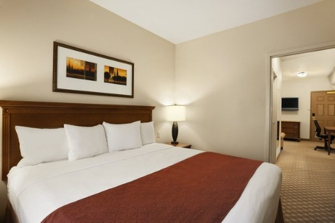 Country Inn & Suites by Radisson, Manchester Airport, NH, NH 03110 near Manchester-boston Regional Airport View Point 4