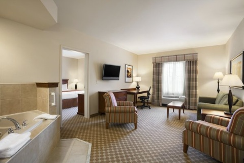 Country Inn & Suites by Radisson, Manchester Airport, NH, NH 03110 near Manchester-boston Regional Airport View Point 3