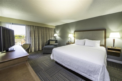 Hampton Inn Philadelphia-International Airport, PA 19153 near Philadelphia International Airport View Point 3