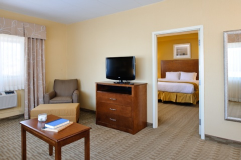 Holiday Inn Express Philadelphia Airport, PA 19029 near Philadelphia International Airport View Point 5