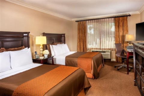 AYRES HOTEL ONTARIO MILLS MALL, CA 91764 near Ontario International Airport View Point 4