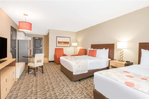 Hawthorn Suites by Wyndham Fargo, ND 58103 near Hector International Airport View Point 3