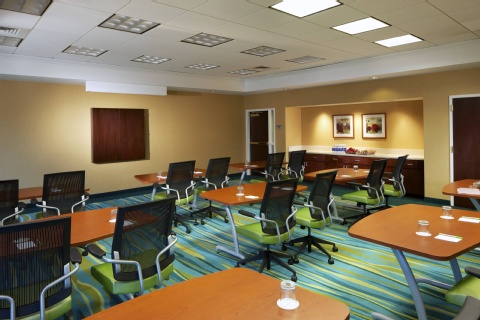 SpringHill Suites by Marriott Newark Liberty International Airport, NJ 07114 near Newark Liberty International Airport View Point 14