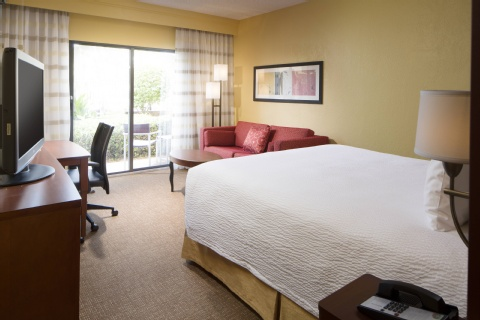 Courtyard by Marriott Tampa Westshore/Airport, FL 33607 near Tampa International Airport View Point 6