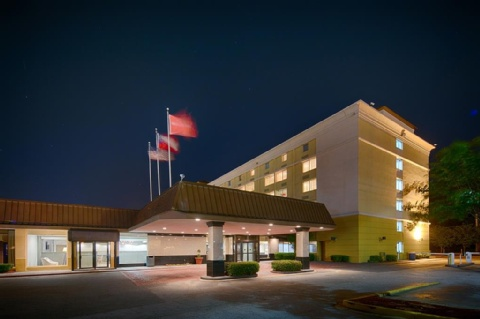 Red Lion Hotel Atlanta Airport, GA 30337 near Hartsfield-jackson Atlanta International Airport View Point 18