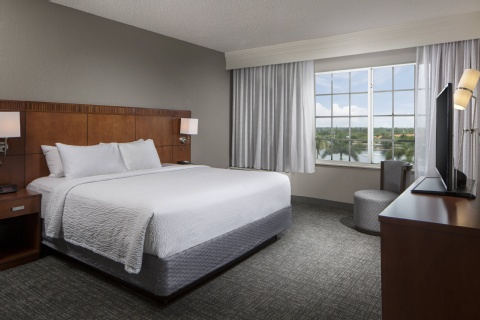Courtyard by Marriott Fort Lauderdale Airport & Cruise Port, FL 33004 near Fort Lauderdale-hollywood International Airport View Point 3