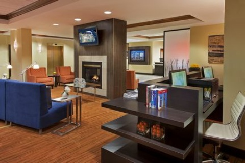 Courtyard by Marriott Toronto Airport, ON M9W 5E8 near Toronto Pearson International Airport View Point 22