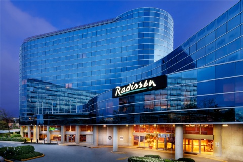 Radisson Hotel Vancouver Airport, BC V6X3X9 near Vancouver International Airport View Point 20
