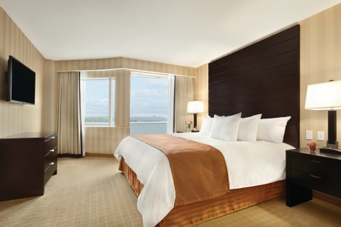 Radisson Hotel Vancouver Airport, BC V6X3X9 near Vancouver International Airport View Point 2