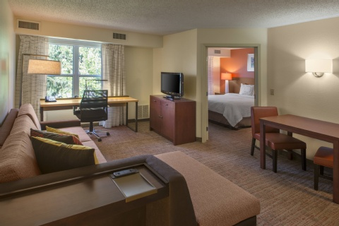 Residence Inn by Marriott Indianapolis Airport, IN 46241 near Indianapolis International Airport View Point 4