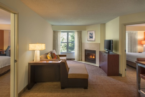 Residence Inn by Marriott Indianapolis Airport, IN 46241 near Indianapolis International Airport View Point 3