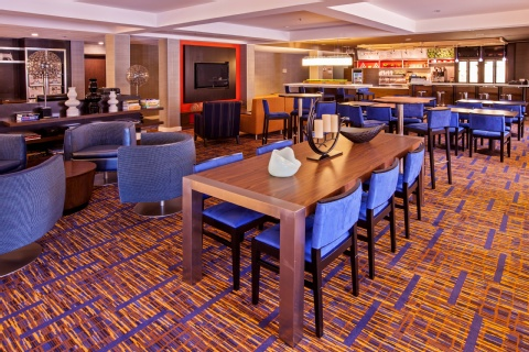 Courtyard By Marriott Chicago Midway Airport Bedford Park Il Mdw