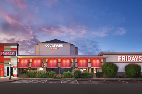 Courtyard by Marriott Chicago Midway Airport, IL 60638 near Midway International Airport View Point 5