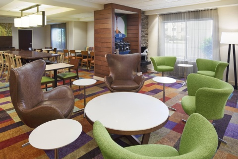Fairfield Inn & Suites Chicago Midway Airport, IL 60638 near Midway International Airport View Point 14