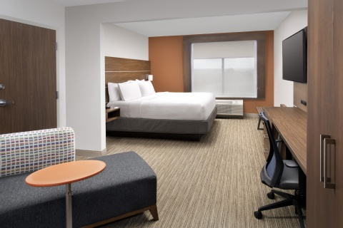 Holiday Inn Express & Suites Baltimore - Bwi Airport North, MD 21090 near Baltimore-washington International Thurgood Marshall Airport View Point 3