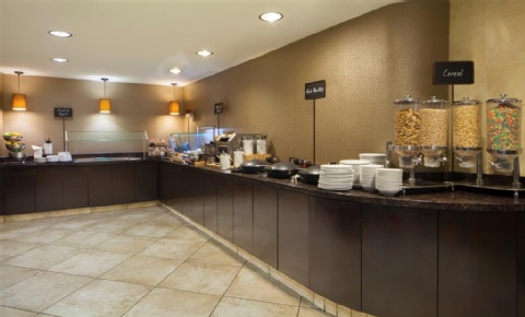 Embassy Suites by Hilton Philadelphia Airport, PA 19153 near Philadelphia International Airport View Point 10