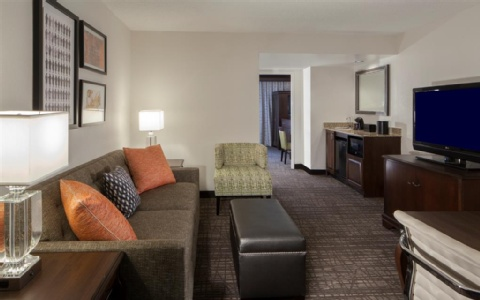 Embassy Suites by Hilton Philadelphia Airport, PA 19153 near Philadelphia International Airport View Point 9
