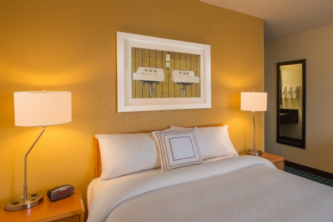 Fairfield Inn & Suites Indianapolis Airport, IN 46241 near Indianapolis International Airport View Point 4