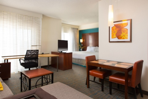 Residence Inn by Marriott Kansas City Airport, MO 64153 near Kansas City International Airport View Point 10