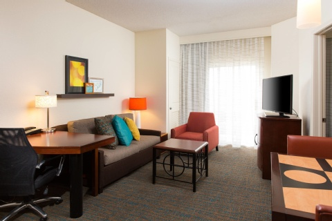Residence Inn by Marriott Kansas City Airport, MO 64153 near Kansas City International Airport View Point 7