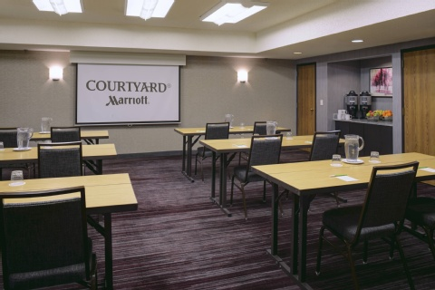 Courtyard by Marriott Kansas City Airport, MO 64153 near Kansas City International Airport View Point 24