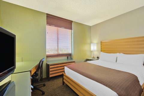 Holiday Inn San Jose - Silicon Valley, CA 95112 near Norman Y. Mineta San Jose Intl Airport View Point 6