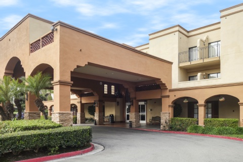 Country Inn & Suites by Radisson, John Wayne Airport, CA, CA 92705 near John Wayne Airport (orange County Airport) View Point 1
