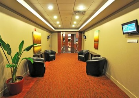Holiday Inn Express & Suites Montreal Airport, QC H8T 1A6 near Montreal-Pierre Elliott Trudeau Int. Airport View Point 25