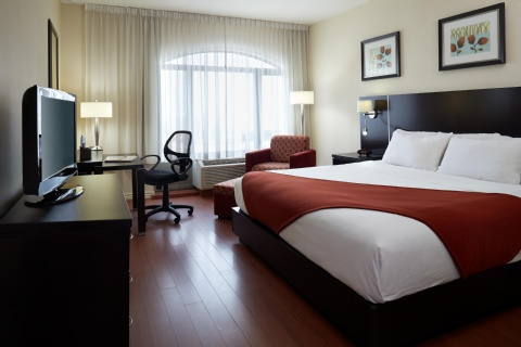 Holiday Inn Express & Suites Montreal Airport, QC H8T 1A6 near Montreal-Pierre Elliott Trudeau Int. Airport View Point 14