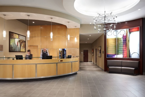 Courtyard by Marriott Montreal Airport, QC H4M 2Z5 near Montreal-Pierre Elliott Trudeau Int. Airport View Point 14