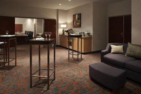 Courtyard by Marriott Montreal Airport, QC H4M 2Z5 near Montreal-Pierre Elliott Trudeau Int. Airport View Point 2