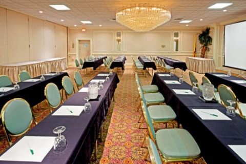 Holiday Inn Carteret Rahway, NJ 07008 near Newark Liberty International Airport View Point 11