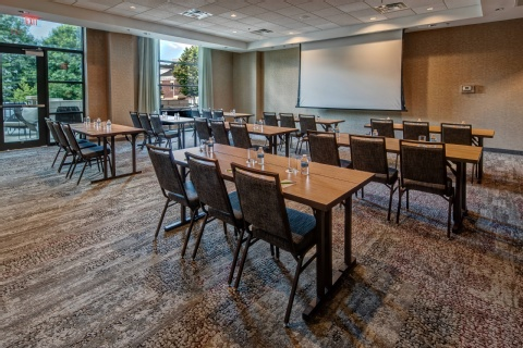 Courtyard by Marriott Dulles Airport Chantilly, VA 20171 near Washington Dulles International Airport View Point 17