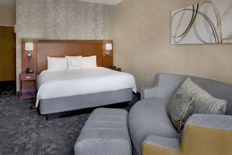 Courtyard by Marriott Hartford Windsor, CT 06095 near Bradley International Airport View Point 7