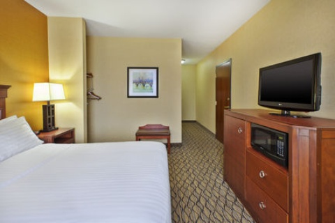 Holiday Inn Express Hotel and Suites Belleville, MI 48111 near Detroit Metropolitan Wayne County Airport View Point 3