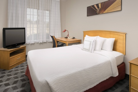 TownePlace Suites by Marriott Albuquerque Airport, NM 87106 near Albuquerque International Sunport View Point 6