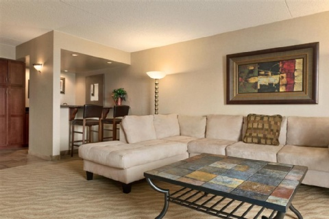 DOUBLETREE BY HILTON WICHITA AIRPORT, KS 67209-1941 near Wichita Dwight D. Eisenhower National Airport View Point 6