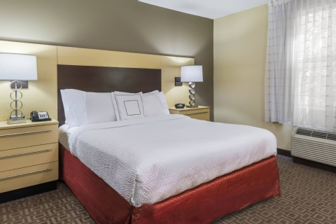 TownePlace Suites by Marriott Tampa Westshore/Airport, FL 33607 near Tampa International Airport View Point 9