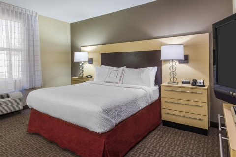 TownePlace Suites by Marriott Tampa Westshore/Airport, FL 33607 near Tampa International Airport View Point 10