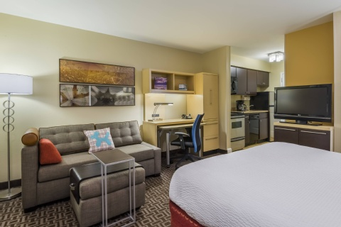 TownePlace Suites by Marriott Tampa Westshore/Airport, FL 33607 near Tampa International Airport View Point 8