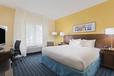 Fairfield Inn & Suites by Marriott Tampa Brandon, FL 33619 near  View Point 6