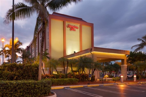 HAMPTON INN MIAMI AIRPORT WEST, FL 33166 near Miami International Airport View Point 17