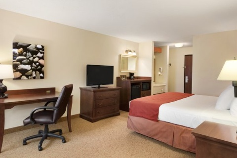 Country Inn & Suites by Radisson, Cedar Rapids Airport, IA 52404 near The Eastern Iowa Airport View Point 6