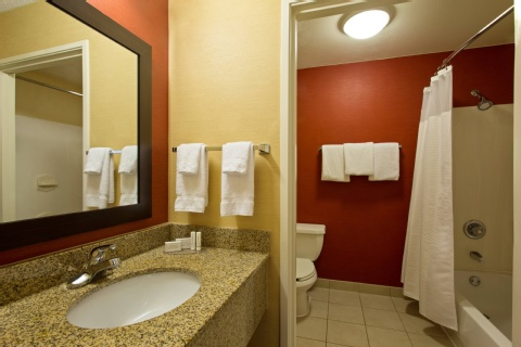Courtyard by Marriott Tampa Brandon, FL 33619 near  View Point 4